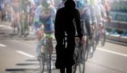 """Een anonieme renner klapt uit de biecht: """"Toen ik zei dat ik vertrok, kon ik fluiten naar mijn prijzengeld"""""""