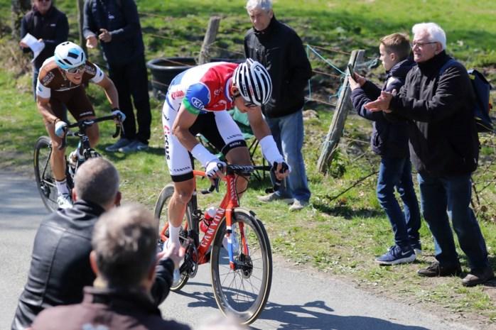 """Zelfs opa Poulidor begrijpt er niets van, maar Mathieu van der Poel legt uit waarom hij niet start in Parijs-Roubaix: """"Ik heb er echt vrede mee"""""""