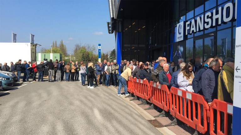Meteen lange rij aan Ghelamco Arena voor ticketverkoop bekerfinale