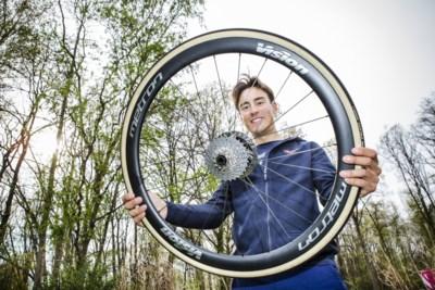 """Ronde van Vlaanderen-winnaar Alberto Bettiol vecht tegen gnocchi en zijn imago: """"Ik was niet lui, alleen wat te dik"""""""
