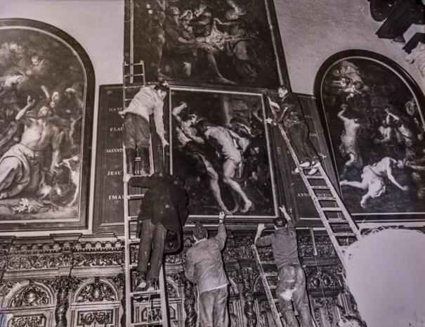 De nacht dat hoertjes Rubens-schilderijen van de vlammen redden uit een Vlaamse kerk
