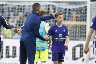 SPELERSBEOORDELINGEN. Verschaeren drukt steeds meer zijn stempel op Anderlecht, mislukt experiment bij AA Gent