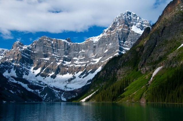 Lichamen van drie bekende klimmers teruggevonden in Canadees park Banff