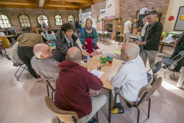 Quizzen met gedetineerden levert 734 euro op voor goede doelen