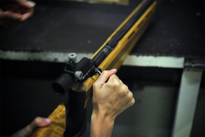 """Lanakenaar bestelt online illegaal vuurwapen: """"Da's niet zoals tuinkabouters verzamelen"""""""