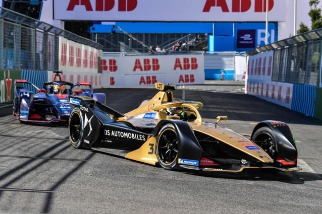 Nederlander Robin Frijns wint chaotische ePrix van Parijs, Jérôme D'Ambrosio speelt leiding in kampioenschap kwijt