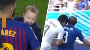 Helemaal de papa: zoontje van Luis Suarez bijt in de schouder van zijn vader