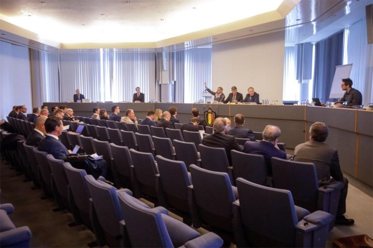 Bewogen eerste zitting in matchfixing-dossier: advocaten boos, bondsprocureur laat meteen zijn tanden zien