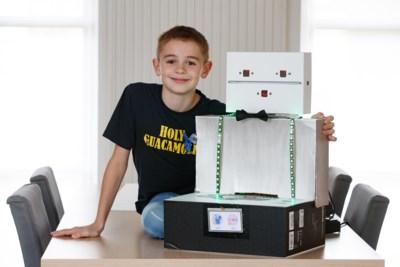 Mauro is amper 10 jaar, maar bouwt robot die kinderen helpt om water te drinken