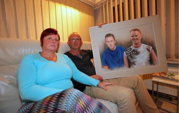 Ouders van slachtoffer teleurgesteld:doodrijder krijgt celstraf en rijverbod, gemeente en organisator gaan vrijuit