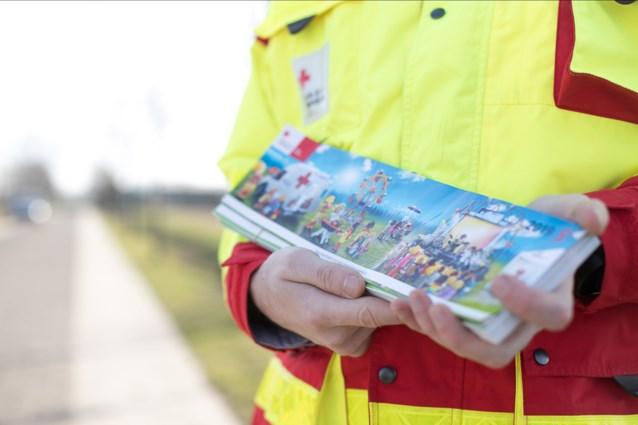Tombola verbonden aan stickerverkoop Rode Kruis