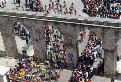 Waarom de Giro d'Italia zoveel mooier is dan de Tour de France en u de komende drie weken zeker moet kijken