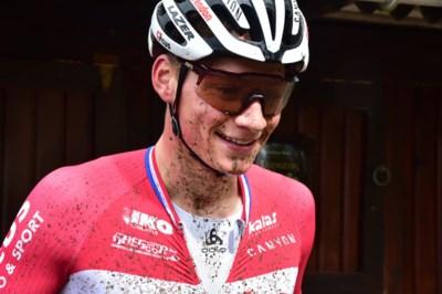 """Mathieu van der Poel begint dit weekend aan olympische uitdaging op de mountainbike: """"Volgend jaar moet er nog vier kilo af"""""""