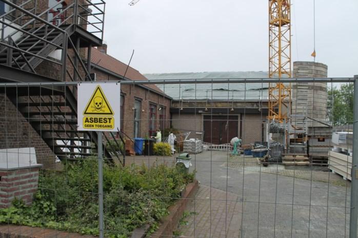 Verwijderen van asbestvezels op en rond sporthal Kleit duurt één tot twee weken