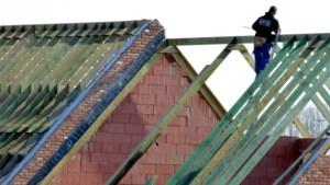 Bouwen of verbouwen is niet meer voor dit jaar: bouw zit met historische wachtlijst