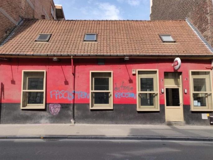 Café beklad na speech Dries Van Langenhove, lijsttrekker komt gevel zelf herschilderen