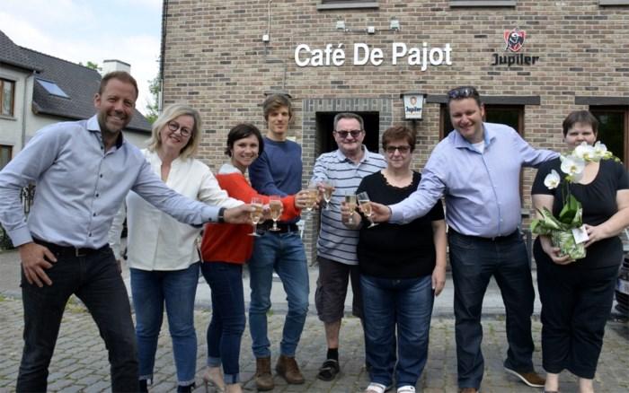 De Pajot tapt al een eeuw pintjes