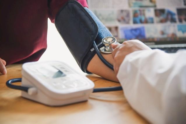 """Helft Belgen met """"stille moordenaar"""" hoge bloeddruk heeft geen diagnose"""