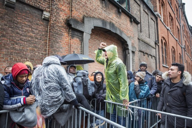 Alle asielzoekers in België worden binnenkort geïnformeerd over fundamentele normen en waarden