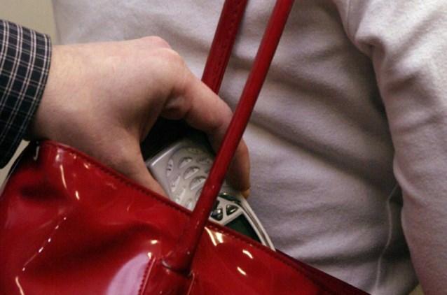 Handtasdieven gevat na achtervolging
