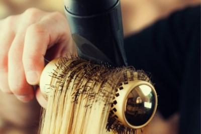 ADVIES. Hoe brush ik mijn haar zoals de kapper dat doet?