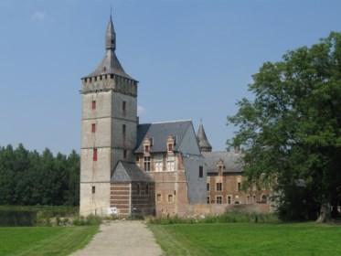 Na jaren stilstand: restauratie van kasteel van Rode Ridder kan eindelijk weer beginnen