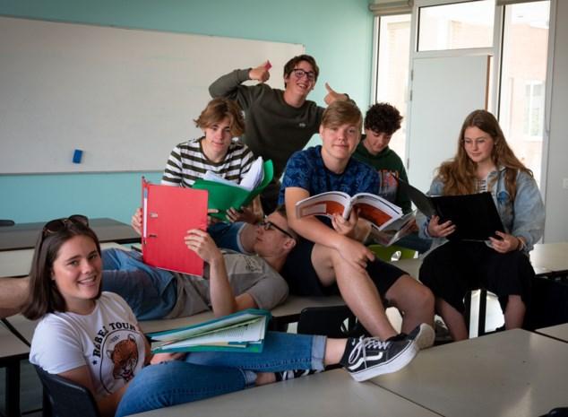 Studenten Sint-Claracollege volgen 24 uur les zonder te slapen