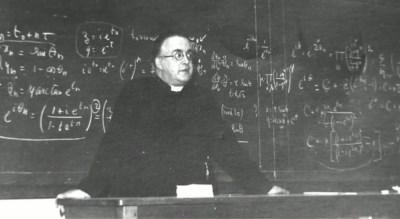 """De Belgische prof tegen wie Einstein zei: """"Excuses, uw bigbangtheorie is toch juist"""""""