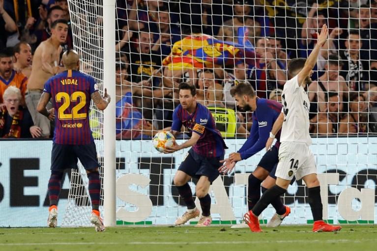 Verrassing in Spanje: Valencia klopt Barcelona en houdt Messi en co van vijfde bekerwinst op rij