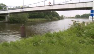 Man (40) dood onder brug gevonden, gerecht start moordonderzoek