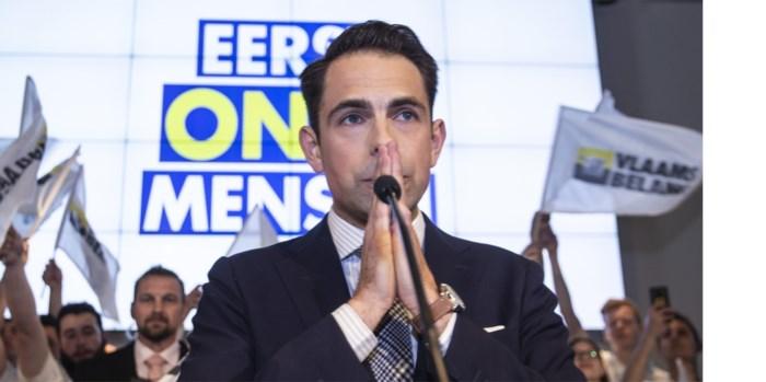 """Een dag in het spoor van Tom Van Grieken (Vlaams Belang): """"Mijn speech lag vanmorgen niet klaar"""""""