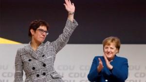 'Mutti' moet niet weten van opvolgster: Angela Merkel noemt nieuwe CDU-leider onbekwaam om kanselier te worden