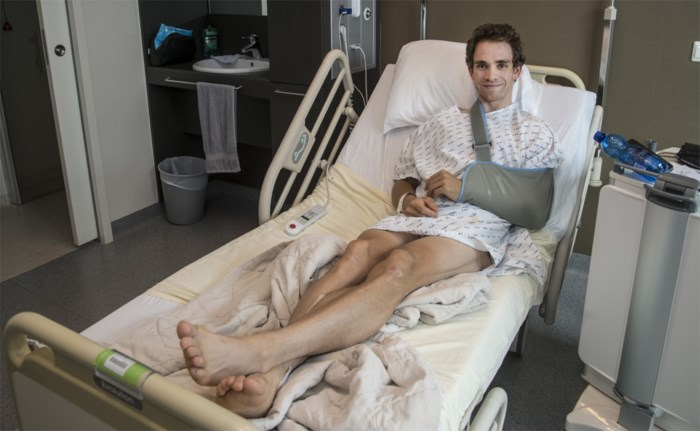 """Sean De Bie mag eindelijk naar huis na zwaar trainingsongeval: """"Bloed ophoesten met zes gebroken ribben: da's niet fijn"""""""