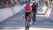 Roze trui Carapaz neemt flinke optie op eindzege, Bilbao snelt naar winst in laatste bergrit van de Giro