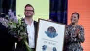 """Bart Moeyaert geëerd in Antwerpen voor winst van """"Nobelprijs voor Jeugdliteratuur"""""""