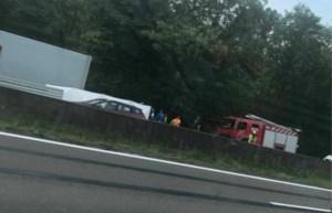 Vier doden bij twee ongevallen op Brusselse Ring: A12 richting Antwerpen weer vrij, half uur aanschuiven naar Zaventem