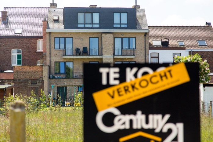 """Nationale Bank grijpt in op hypotheekmarkt door lakse leningen: """"Schuldgraad van de Belgische gezinnen klimt"""""""