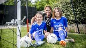 Bijna dubbel zoveel voetballende meisjes in vijf jaar tijd: meisjes passen niet meer voor voetbal