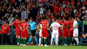 VAR zorgt voor chaos in de Nations League: geen penalty voor Zwitserland? Penalty voor Portugal! Nee, toch penalty voor Zwitserland!