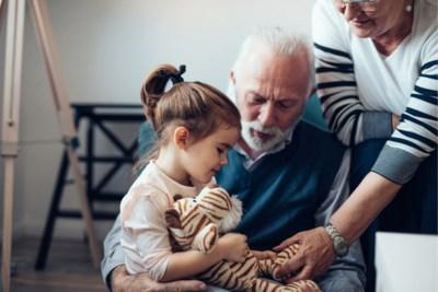 Wat als de kinderen bij de grootouders alles mogen wat thuis niet mag? Deze mama's geven tips