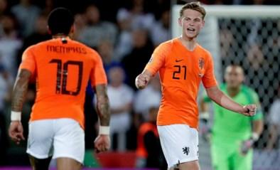 """Britse kwaliteitskrant steekt bewondering voor Frenkie de Jong niet onder stoelen of banken: """"Hij is een voetballende eenhoorn"""""""