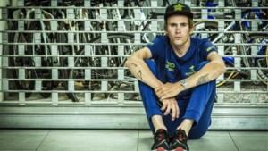 """Fransman opnieuw aan het fietsen na horrorcrash: """"Ze prikten met naalden in mijn benen en ik voelde niks meer"""""""