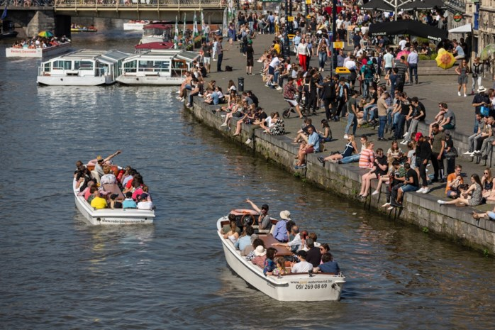 """In 20 jaar dubbel zoveel toeristische overnachtingen in Gent: """"Nu al maatregelen nemen tegen wildgroei dagtoeristen"""""""