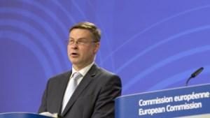 Letse eurocommissaris Dombrovskis blijft op post