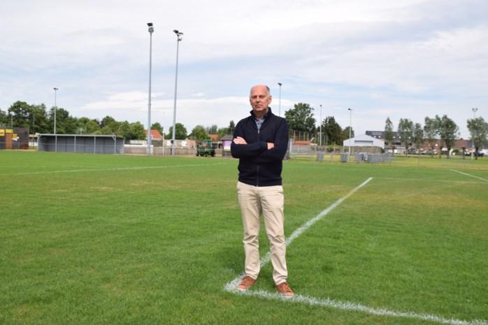 De voetbalploeg, ruitervereniging en jeugd heeft plaats te kort, gemeente heeft passende oplossing gevonden