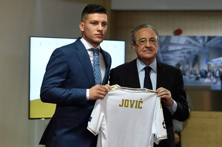 Real Madrid stelt nieuwe goalgetter Luka Jovic voor (zonder rugnummer), De Koninklijke hoopt voor Eden Hazard op veel volk