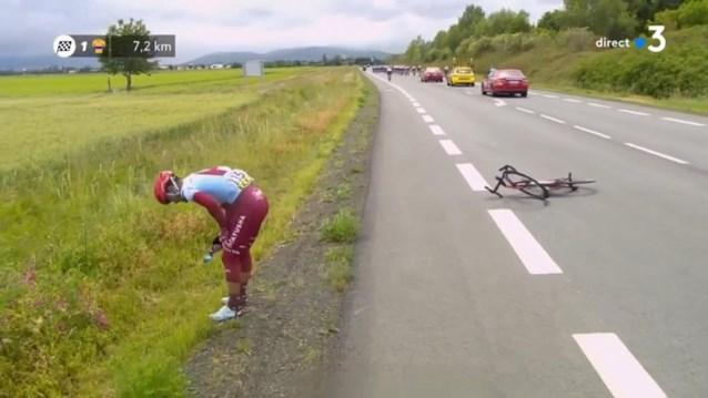 Chris Froome doet Guerreiro vallen (en die is daardoor out voor de Tour)