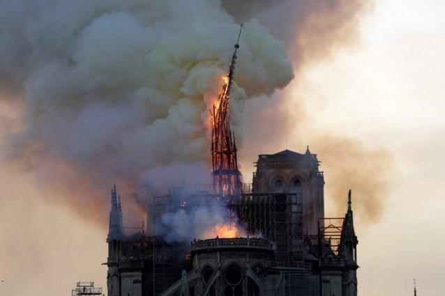 Giften na inferno Notre Dame blijven uit: van beloofde 850 miljoen, amper 82 miljoen overgemaakt