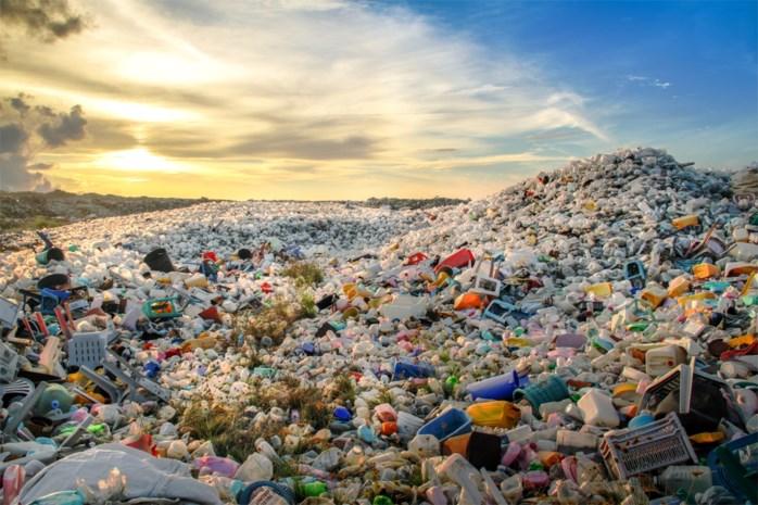 Eindelijk recycleren we zelf ons plastic afval: Belgisch bedrijf bouwt fabriek voor hergebruik van 23.000 ton