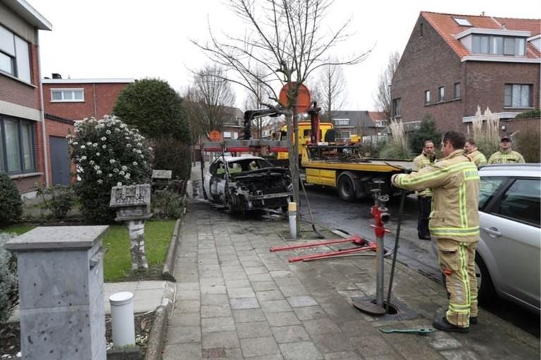 Zes jongemannen en minderjarige opgepakt voor reeks brandstichtingen in Antwerpse drugsoorlog